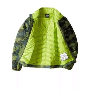The North Face Thermoball  terranium Green camo